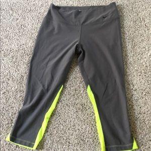 Nike Workout capris 😍